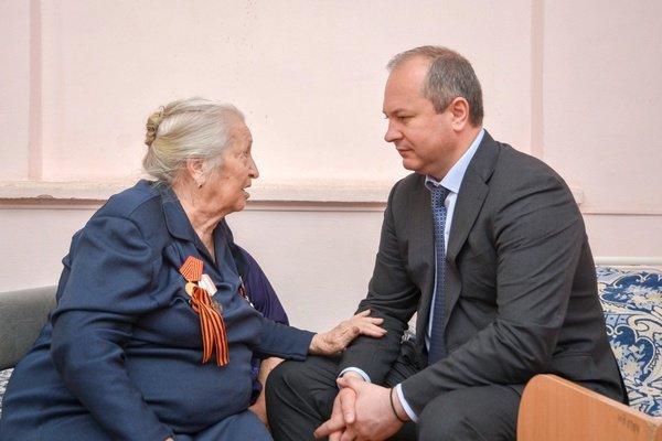 Виталий Кушнарев на встрече с ветеранами